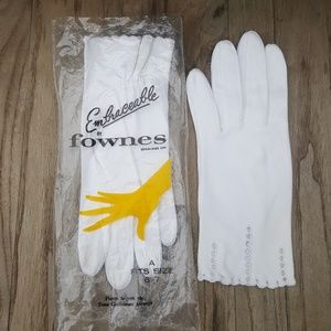 Embraceable by Fownes vintage 1950s driving glove